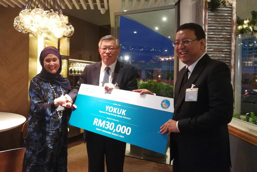 L to R: Datin Suliana Shamsuddin Alias, Chairperson of YOKUK, Chew Seng Kok, Chairman of ZICO, and Dr Nik Norzrul Thani, Executive Chairman of ZICOLaw Kuala Lumpur.